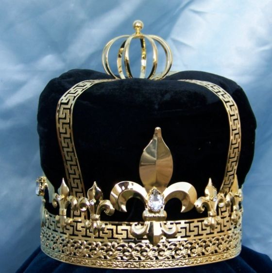 crown king black personals The stolen artifacts included a gold crown and an orb dating to  the men used two stolen black bicycles  16th-century copies of king johan iii's crown, .