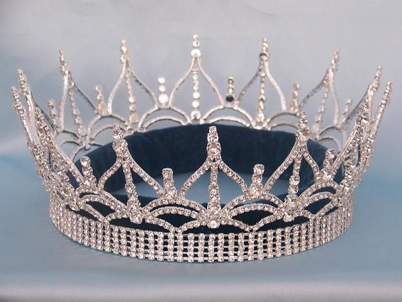 Regency Full Rhinestone unisex Queen King Silver Crown.  Location.